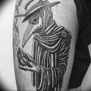фото тату Чумной Доктор от 04.10.2017 №052 - tattoo Plague Doctor - tattoo-photo.ru