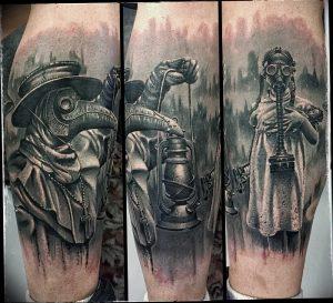 фото тату Чумной Доктор от 04.10.2017 №070 - tattoo Plague Doctor - tattoo-photo.ru 23523