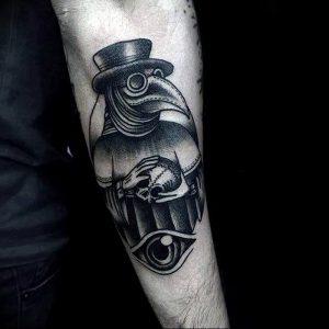 фото тату Чумной Доктор от 04.10.2017 №073 - tattoo Plague Doctor - tattoo-photo.ru