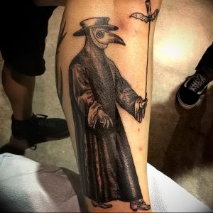 фото тату Чумной Доктор от 04.10.2017 №085 - tattoo Plague Doctor - tattoo-photo.ru