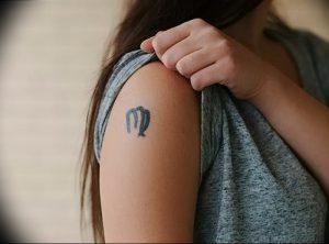 фото тату знак зодиака Дева от 30.09.2017 №059 - tattoo zodiac sign Virgo - tattoo-photo.ru
