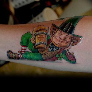 фото тату лепрекон от 04.10.2017 №083 - tattoo leprechaun - tattoo-photo.ru