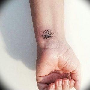фото тату лотос от 02.10.2017 №006 - lotus tattoo - tattoo-photo.ru