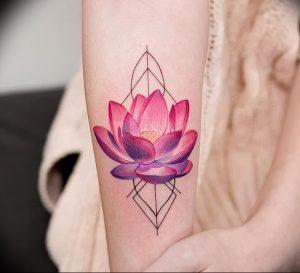фото тату лотос от 02.10.2017 №079 - lotus tattoo - tattoo-photo.ru