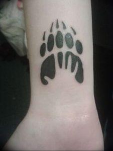 фото тату медвежья лапа от 30.09.2017 №045 - bear paw tattoo - tattoo-photo.ru