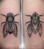 фото тату муха от 22.09.2017 №001 — Fly Tattoo — tattoo-photo.ru