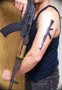 фото тату оружие от 05.09.2017 №109 - tattoo weapons - tattoo-photo.ru
