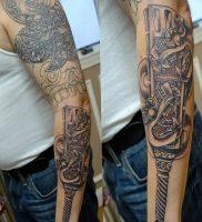 фото тату оружие от 05.09.2017 №110 — tattoo weapons — tattoo-photo.ru