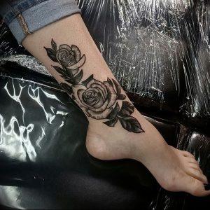 фото тату роза от 30.09.2017 №005 - rose tattoo - tattoo-photo.ru