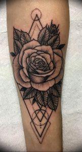 фото тату роза от 30.09.2017 №043 - rose tattoo - tattoo-photo.ru