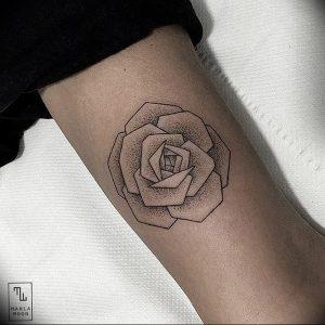 фото тату роза от 30.09.2017 №050 - rose tattoo - tattoo-photo.ru