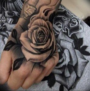 фото тату роза от 30.09.2017 №083 - rose tattoo - tattoo-photo.ru