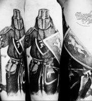 фото тату рыцарь от 27.09.2017 №080 — tattoo knight — tatufoto.com