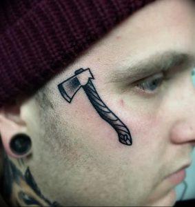 фото тату топор от 26.09.2017 №061 - tattoo ax - tattoo-photo.ru