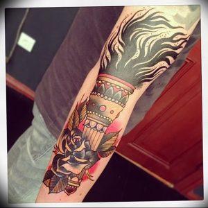 фото тату факел от 08.09.2017 №136 - tattoo torch - tattoo-photo.ru
