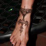 фото Мехенди на ноге от 24.10.2017 №005 - Mehendi on foot - tattoo-photo.ru
