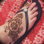 фото Мехенди на ноге от 24.10.2017 №098 - Mehendi on foot - tattoo-photo.ru