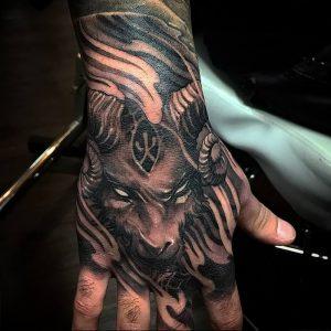 фото тату баран от 21.10.2017 №058 - tattoo ram - tattoo-photo.ru