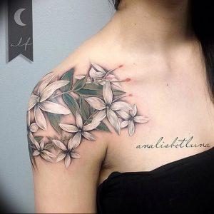 фото тату жасмин от 18.10.2017 №019 - tattoo jasmine - tattoo-photo.ru