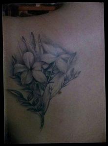 фото тату жасмин от 18.10.2017 №044 - tattoo jasmine - tattoo-photo.ru