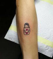 фото тату Матрешка от 25.12.2017 №003 — Matryoshka tattoo — tattoo-photo.ru