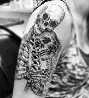 фото тату скелет от 28.12.2017 №016 — tattoo skeleton — tattoo-photo.ru