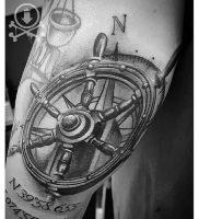 фото тату штурвал от 09.12.2017 №076 — tattoo steering wheel — tattoo-photo.ru