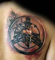 фото тату штурвал от 09.12.2017 №086 — tattoo steering wheel — tattoo-photo.ru
