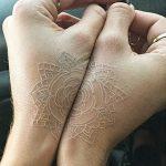 фото Белые тату от 19.02.2018 №121 - White Tattoo - tattoo-photo.ru