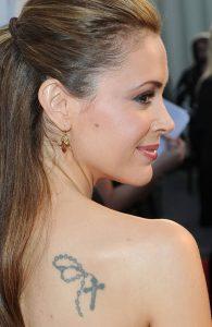 фото Тату Алиссы Милано от 10.03.2018 №001 - Tattoo by Alyssa Milano - tattoo-photo.ru