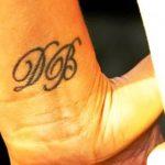 фото Тату Виктории Бекхем от 22.01.2018 №006 - Victoria Beckham Tattoo - tattoo-photo.ru
