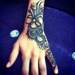 фото мехенди на руке от 10.03.2018 №099 - mehendi on hand - tattoo-photo.ru