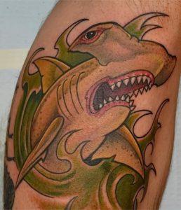 фото тату Акула молот от 23.01.2018 №007 - Tattoo Shark Hammer - tattoo-photo.ru