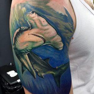 фото тату Акула молот от 23.01.2018 №015 - Tattoo Shark Hammer - tattoo-photo.ru
