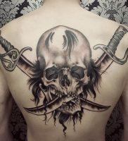 фото тату Веселый Роджер от 03.01.2018 №020 — tattoo Jolly Roger — tattoo-photo.ru