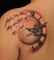 фото тату Римские цифры от 27.02.2018 №129 — tattoos Roman numerals — tattoo-photo.ru