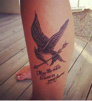 фото тату Сойка Пересмешница от 03.01.2018 №123 — Tattoo MOCKINGJAY — tattoo-photo.ru