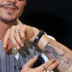 фото Тату Джонни Деппа от 15.04.2018 №001 - Tattoo Johnny Depp - tattoo-photo.ru