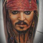 фото Тату Джонни Деппа от 15.04.2018 №041 - Tattoo Johnny Depp - tattoo-photo.ru
