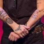фото Тату Джонни Деппа от 15.04.2018 №042 - Tattoo Johnny Depp - tattoo-photo.ru