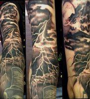 фото тату молния от 26.04.2018 №008 — lightning tattoo — tattoo-photo.ru