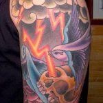фото тату молния от 26.04.2018 №023 - lightning tattoo - tattoo-photo.ru