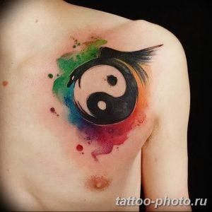 Фото рисунка тату Инь-Янь 08.11.2018 №056 - photo tattoo Yin-Yang - tattoo-photo.ru
