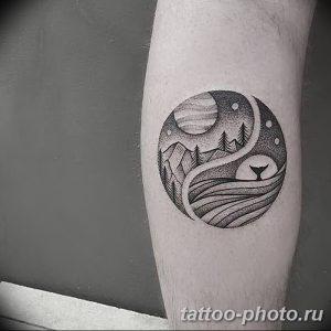 Фото рисунка тату Инь-Янь 08.11.2018 №083 - photo tattoo Yin-Yang - tattoo-photo.ru