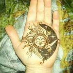 Фото рисунка тату Луна и Солнце 05.11.2018 №123 - tattoo Moon and Sun - tattoo-photo.ru