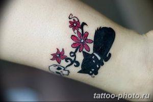 фото рисунка тату черная кошка 13.11.2018 №125 - black cat tattoo picture - tattoo-photo.ru