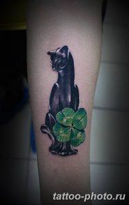 фото рисунка тату черная кошка 13.11.2018 №213 - black cat tattoo picture - tattoo-photo.ru