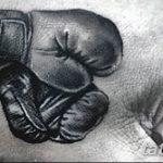 Фото рисунка тату боксерские перчатки 31.10.2018 №003 - tattoo boxing - tattoo-photo.ru