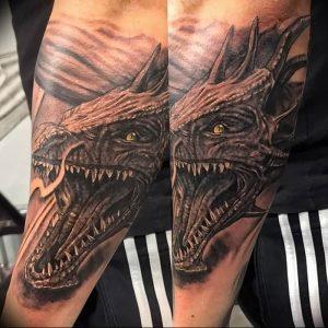 Фото рисунка тату дракон 12.10.2018 №046 - dragon tattoo - tattoo-photo.ru