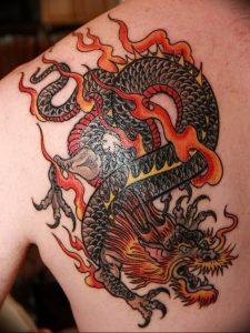 Фото рисунка тату дракон 12.10.2018 №111 - dragon tattoo - tattoo-photo.ru